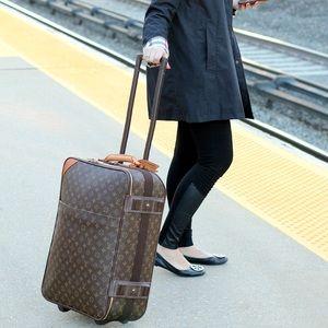 Authentic Louis Vuitton pegase 55 carry on